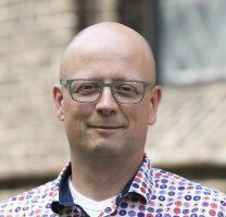 mr. M. van den Nieuwelaar RB FFP